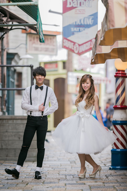二人の思い出の場所であるUSJで撮影した結婚式前撮り写真