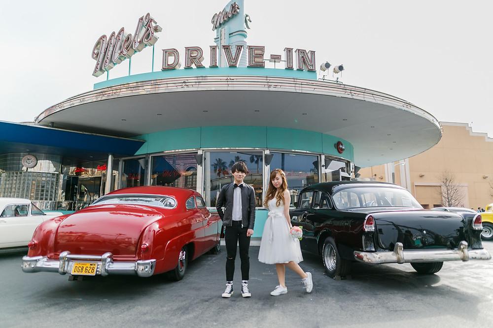 USJのハリウッドエリアで結婚式前撮り撮影をした新郎新婦
