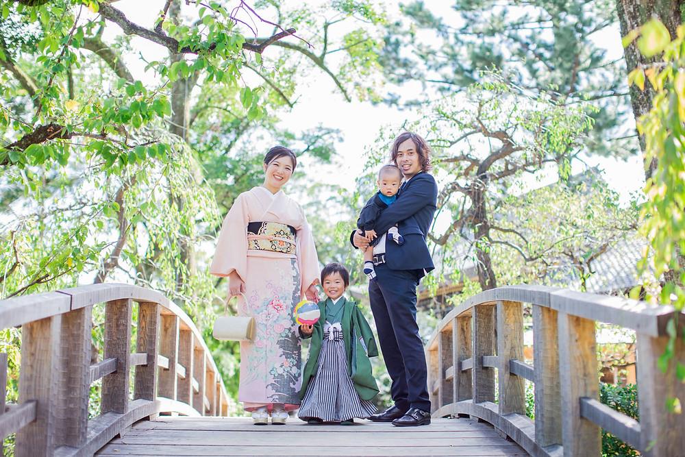 京都の北野天満宮で撮影した七五三ファミリーフォト