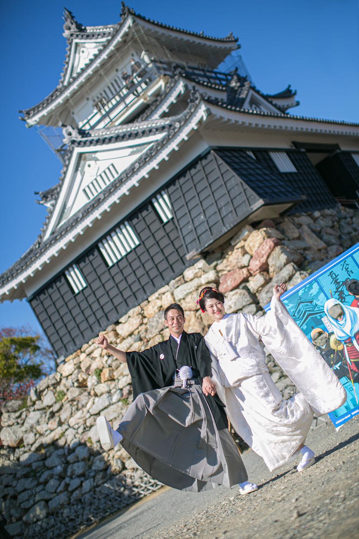 浜松城で白無垢の前撮りをした結婚写真