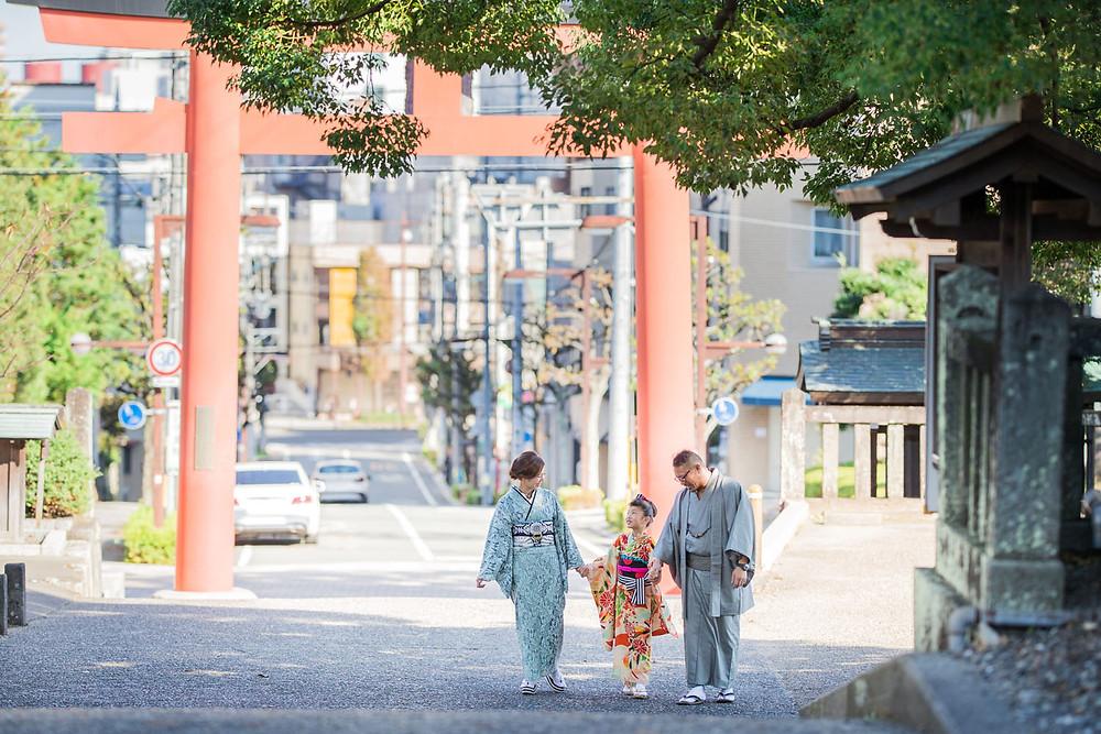 五社神社で撮影した7歳女の子の七五三ロケーションフォト