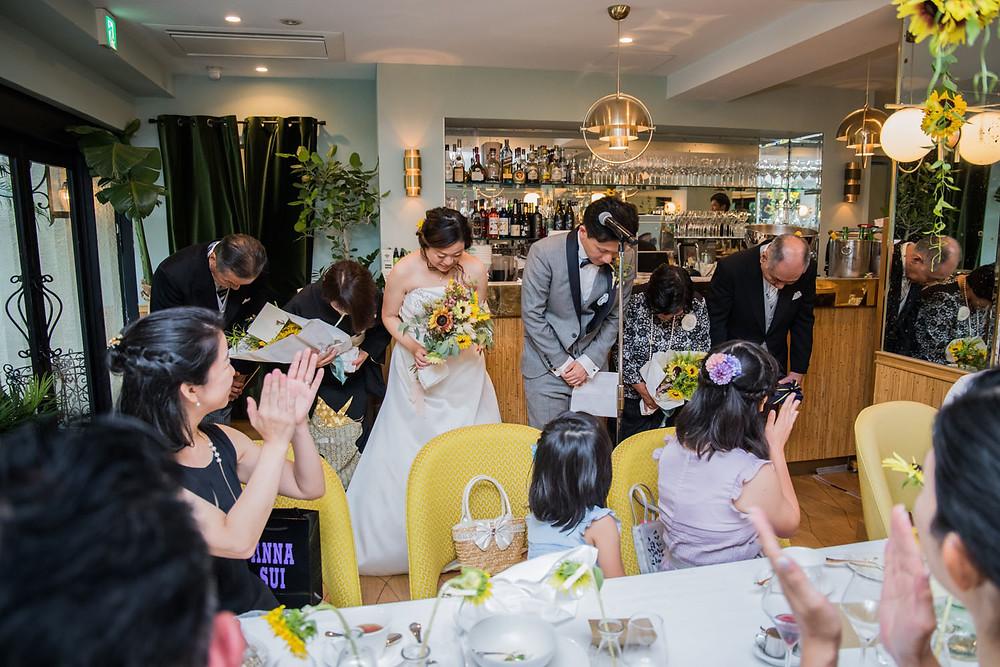 日比谷パレスの結婚披露宴で新郎挨拶を撮影した写真