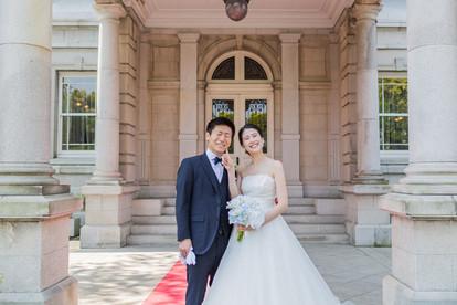貴賓館前で撮影した結婚式写真