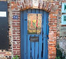 L'herbarium des remparts, labellisé jardin remarquable, à Saint-Valey-sur-Somme dans la cité médiévale