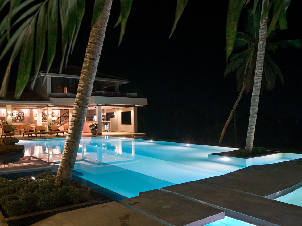 Tabula Rasa Resort, Infinity Pool (2).jp