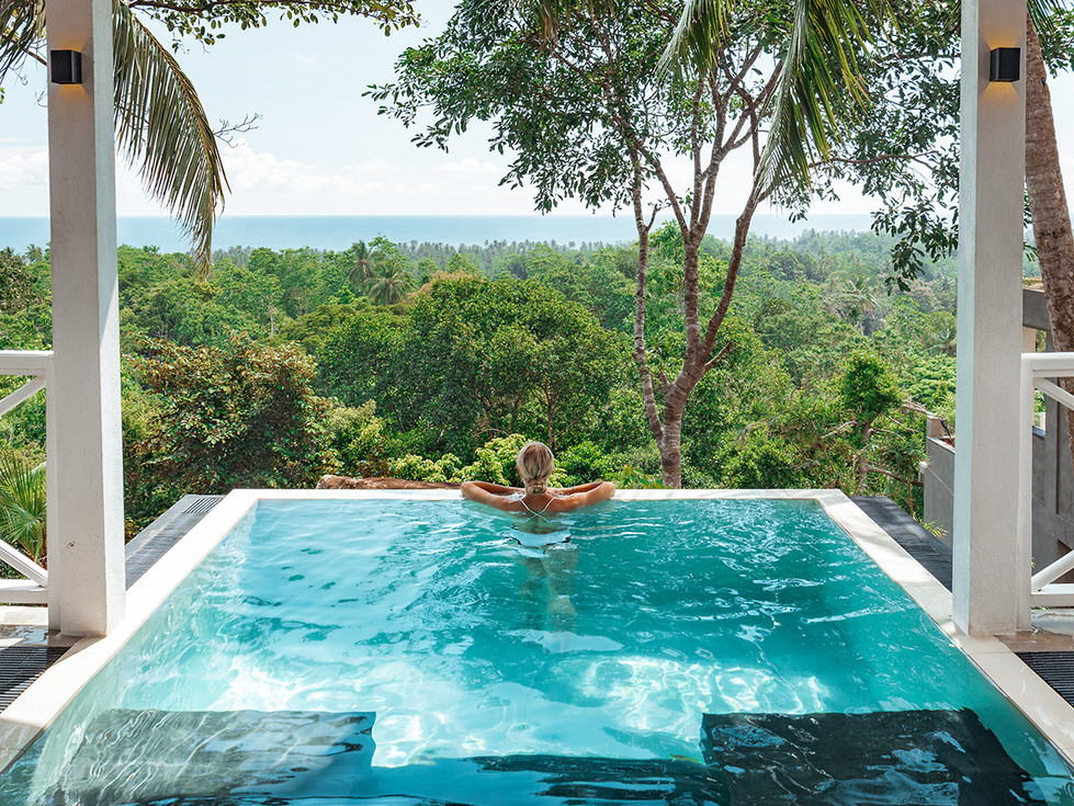 Superior Bungalow with Plunge Pool I Tab