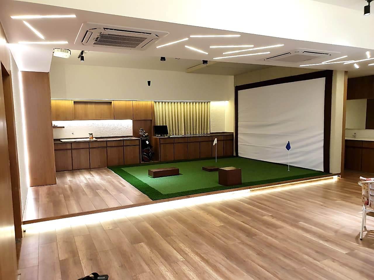 GolfSimulatorIndiaResidence