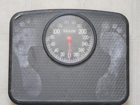 weigh-689873_1920.jpg