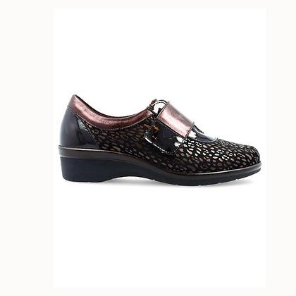 Zapato estampado velcro marrón