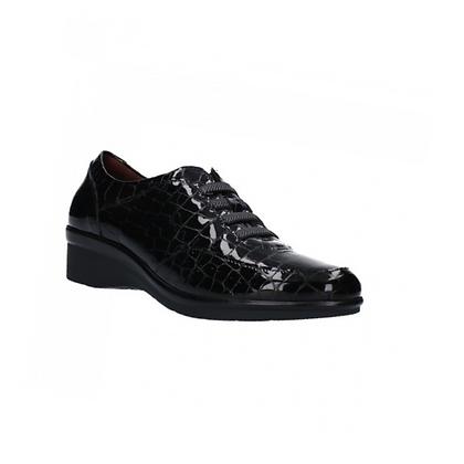 Zapato charol coco negro  y cordones negro