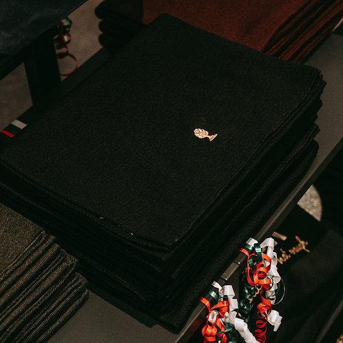 LOGO GOLD Special Edition Schal 100% Merino Schafwolle