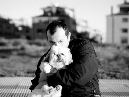 Presentamos a Mariano Grueiro y su libro: Manual de resistencia autista