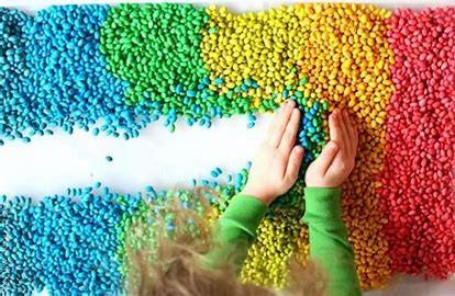 Ideas de juegos sensoriales y actividades de verano para niños con autismo