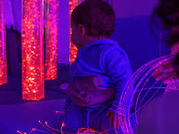 ¿Qué es la estimulación temprana y cómo crear espacios multisensoriales?