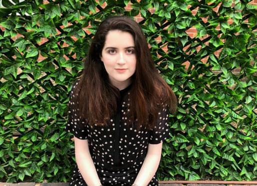 """Entrevista a Siena Castellon: """"Los autistas están luchando a pesar de lo incierta que está la cosa"""""""