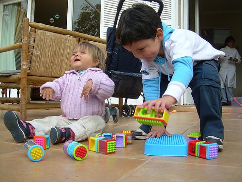 Uso de objetos en niños con autismo: la construcción con bloques desde una perspectiva piagetiana