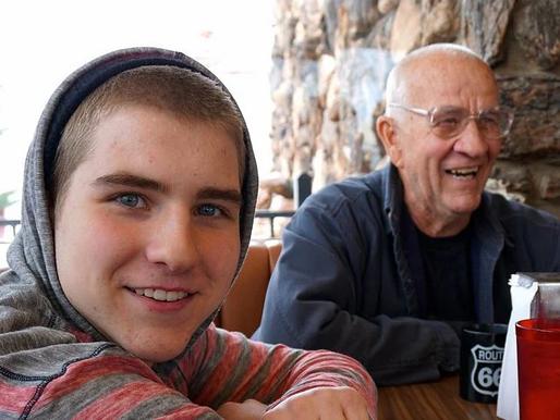 Forjando el futuro: los abuelos que diagnostican el autismo