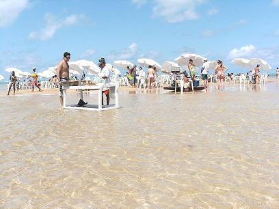 Passeio-de-barco-ate-a-ilha-de-Areia-Vermelha-photo481041-5.jpg