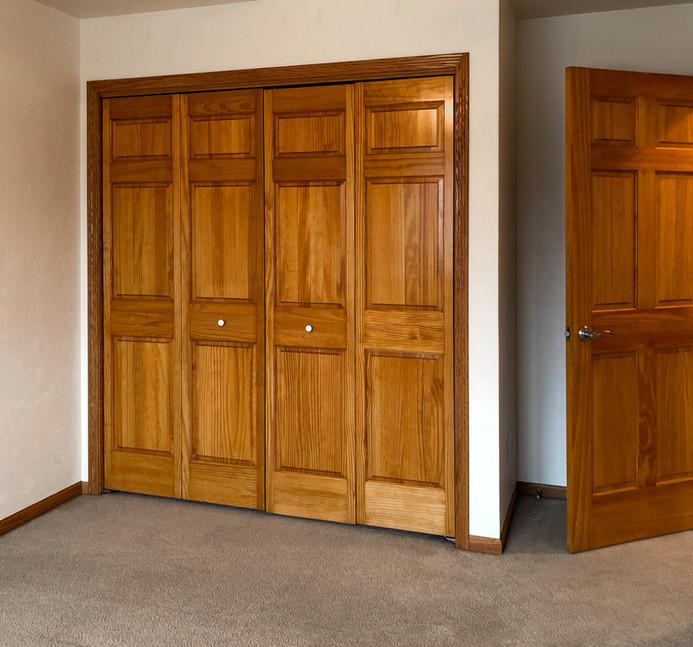 Guest Bedroom 1 C.jpg