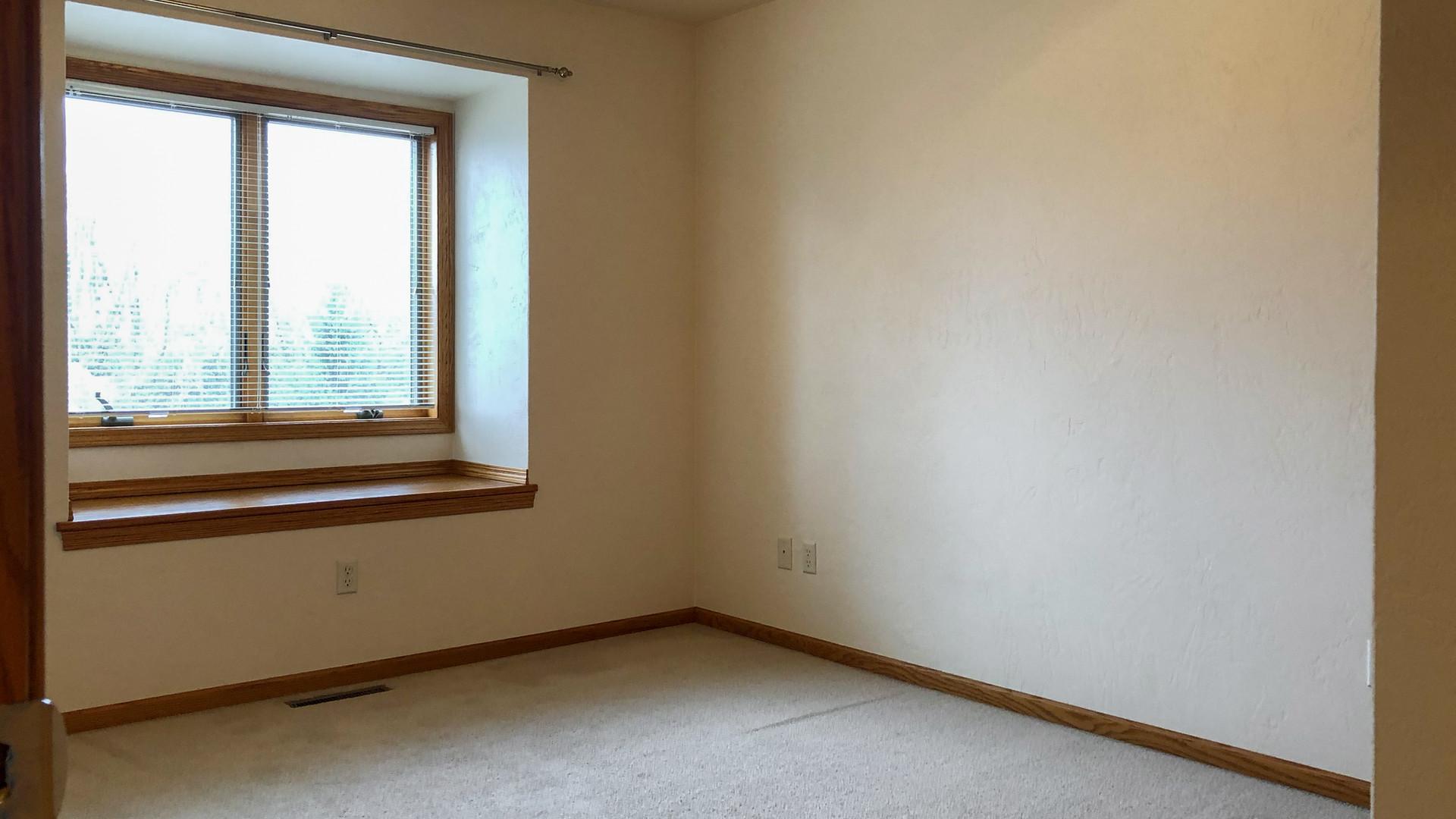 Guest Bedroom 1 A.jpg