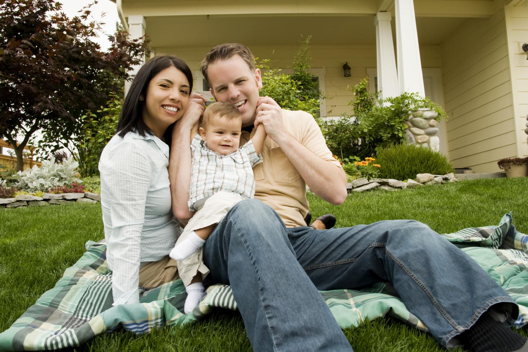 Family on blanket.jpg