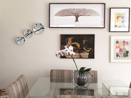 Você sabe fazer uma linda composição com seus pratos decorados?
