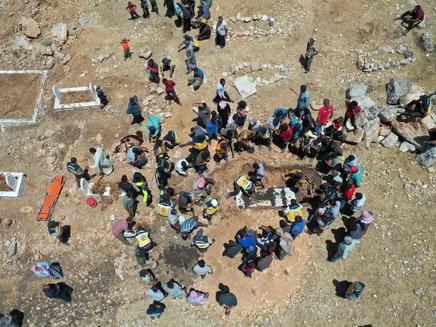 5,000 Syrians Flee Assad forces' shelling