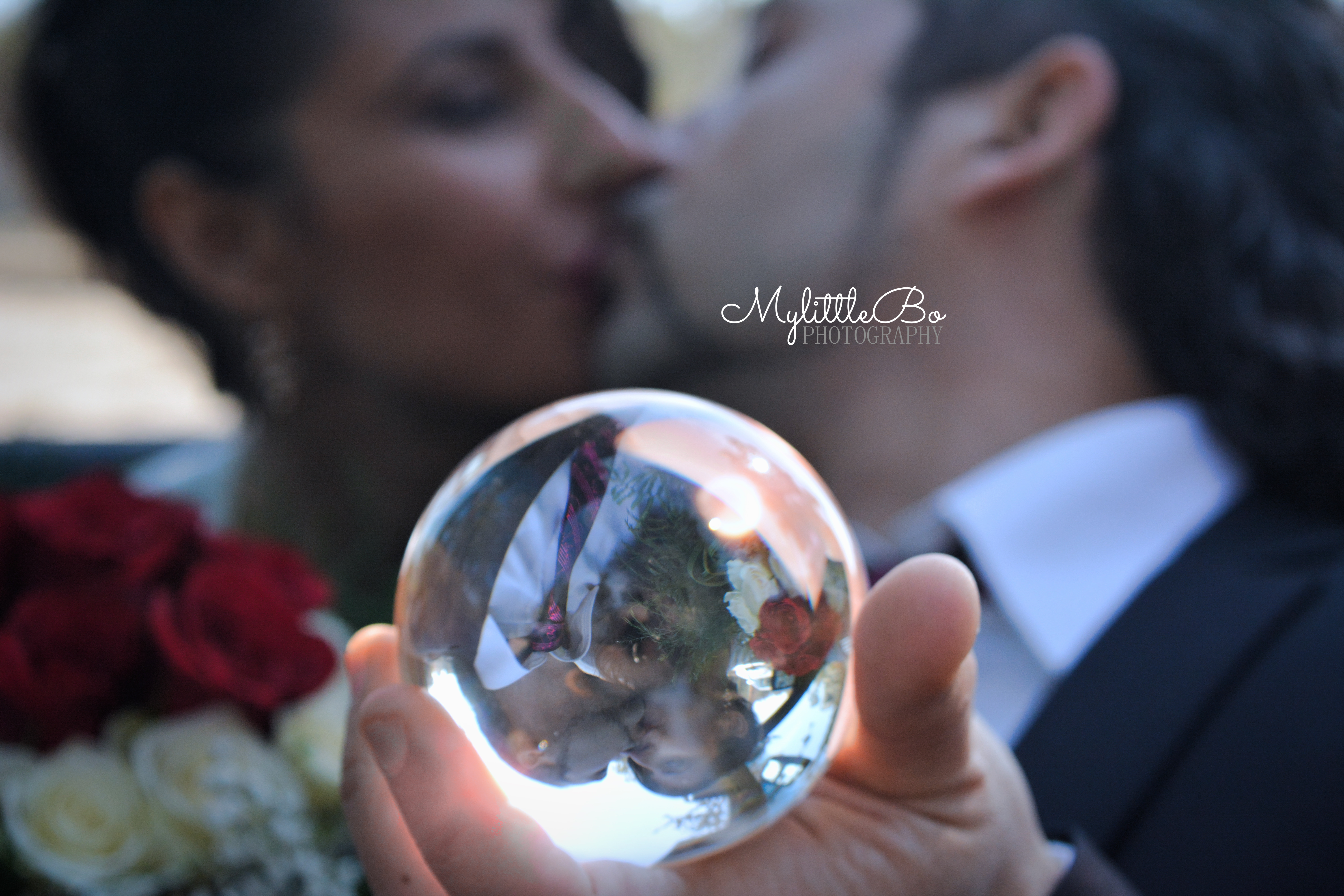 Kiss in the ball