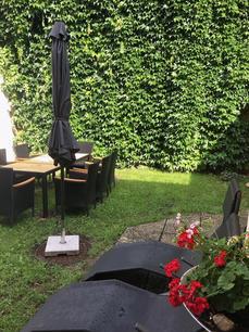 Innenhof01_.jpg