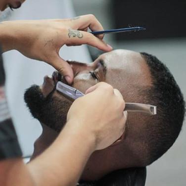 Esta com a barba alinhada para o final de semana___👦#IpirangaSP__barbeariaipiranga _neezoficial __seuelias__corinthians __palmeiras __santos