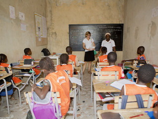 Des fournitures scolaires pour l'école primaire et maternelle Aïssatou Diop de tata Bijou !