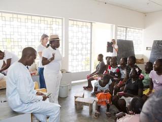 Vaccinations à l'internat de jeunes filles de Diembering