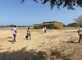 Journée de consultations de médecine scolaire au village de Nikine.