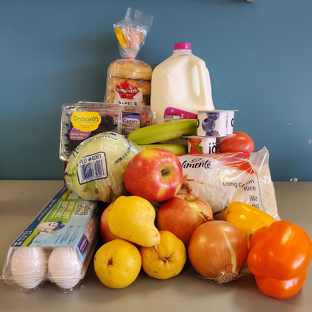 A pantry program food hamper