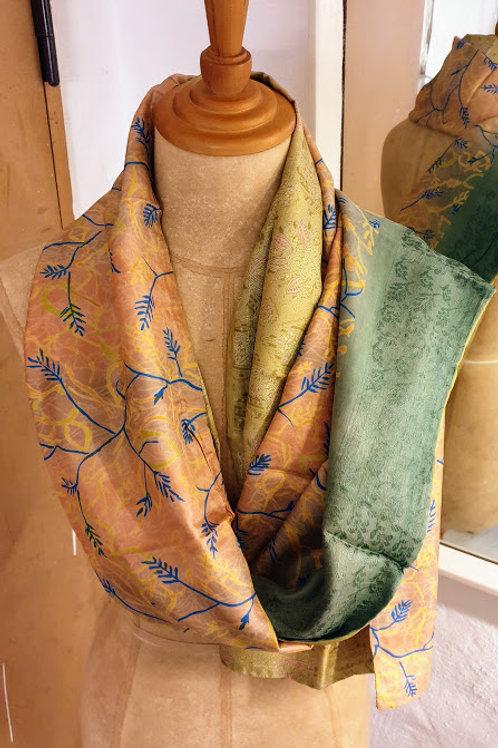 Tørklæde af vintagesilke