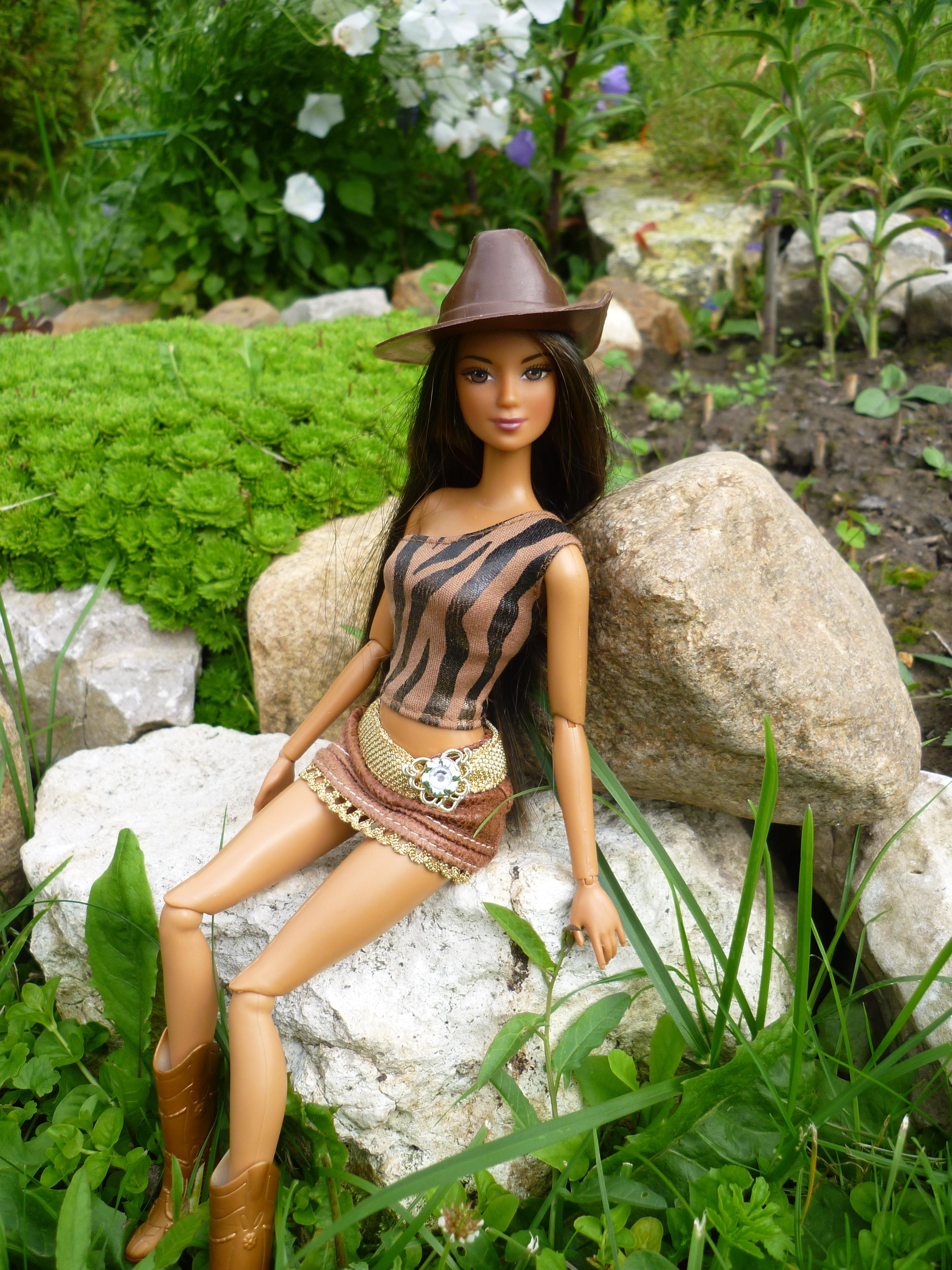 Cali Girl Horseback Riding Lea 2004