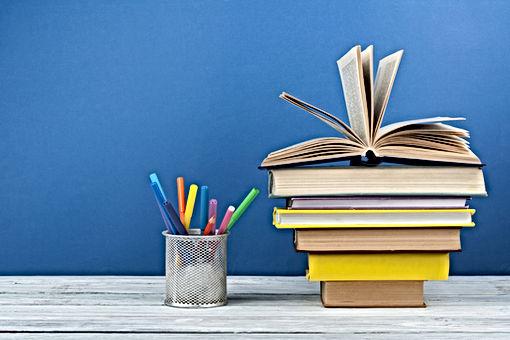 livres crayons.jpg
