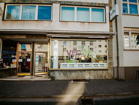 Vegins-Location-001_edited.jpg