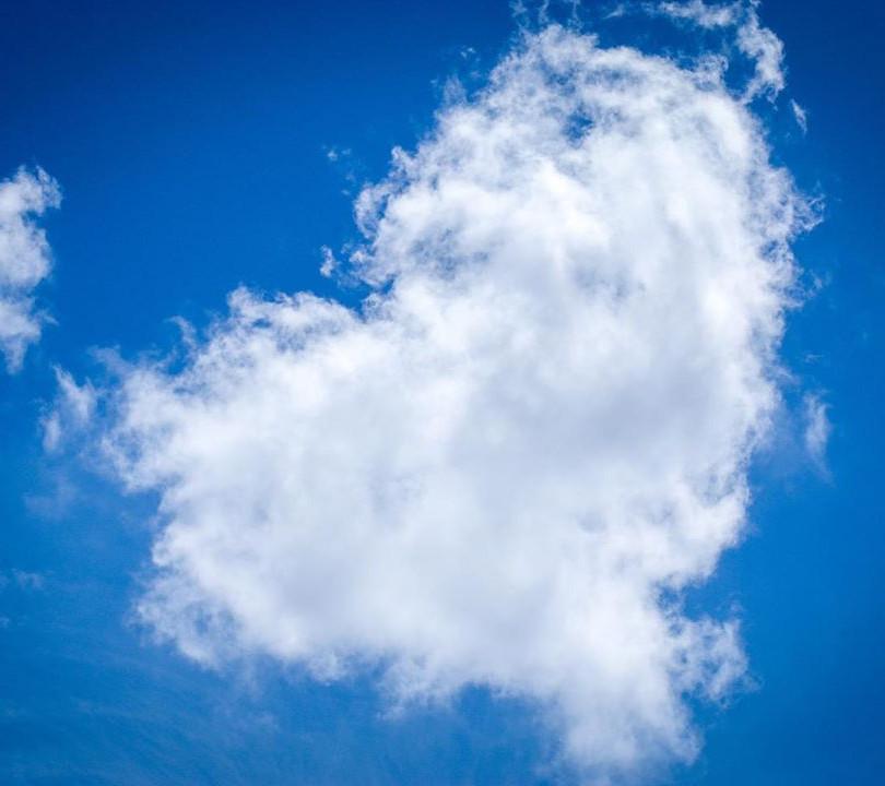 Yogazamene HEART CLOUD.JPG