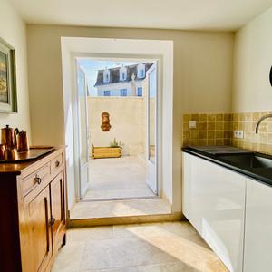 Private Kitchen & Terrace