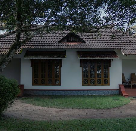 Palmgrove Lake Resort - Suite Exterior