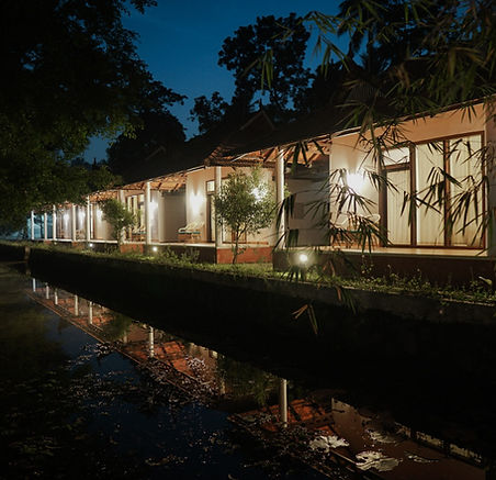 Garden Villas at Night - Palmgrove Backw