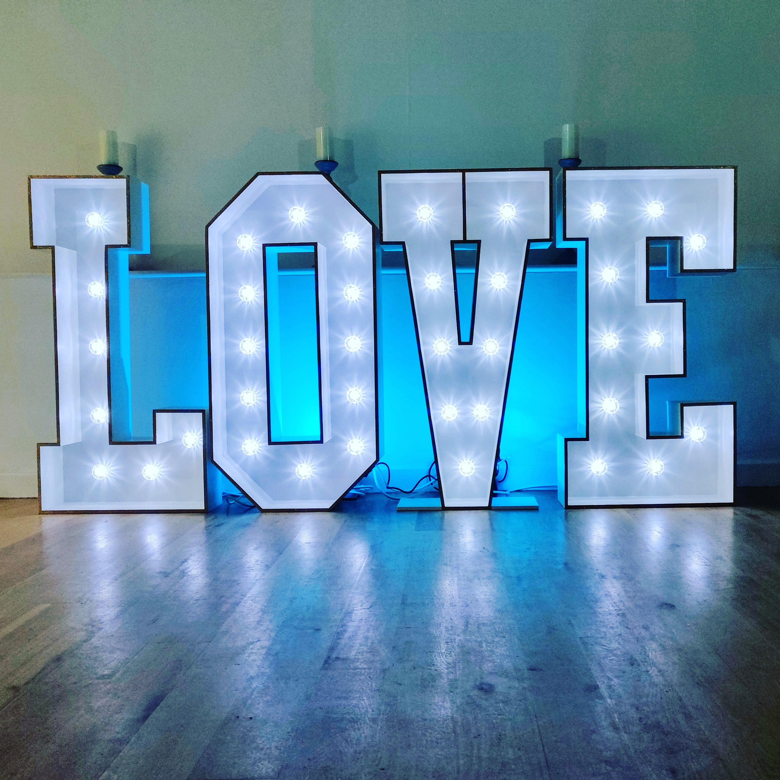 Giant Letters - LOVE