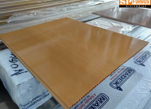 forro-de-pvc-liso-junta-seca-cor-madeira