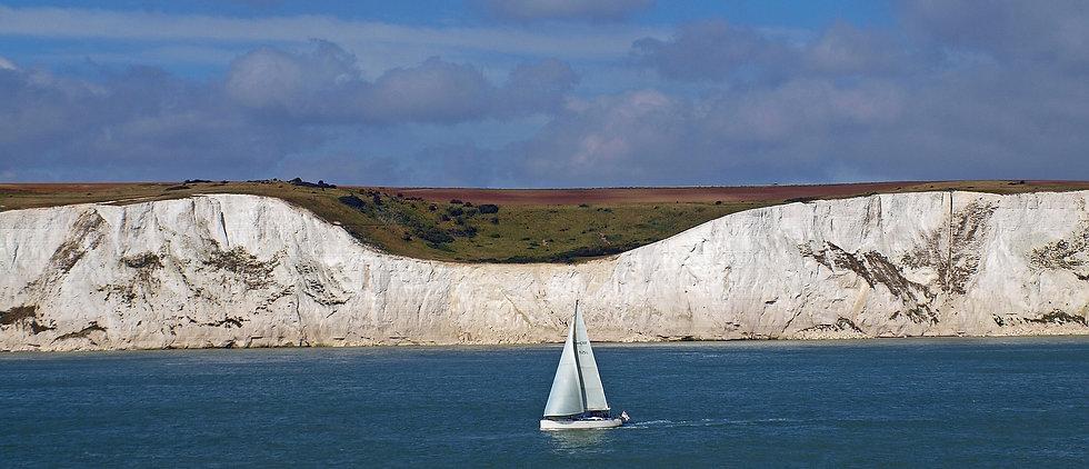 white-cliffs-719706_1920.jpg