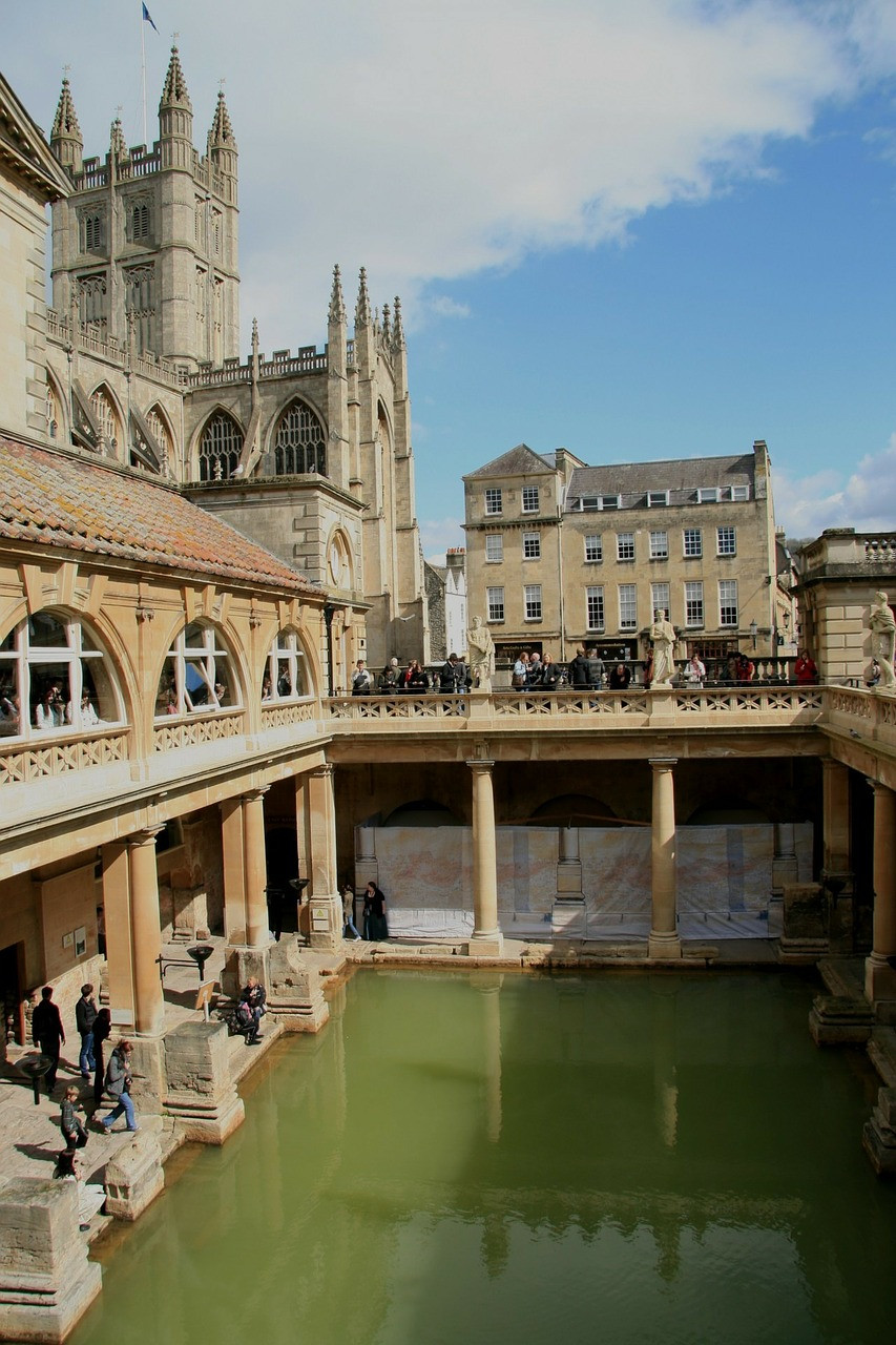 Bath Abbey Roman baths , Bath city
