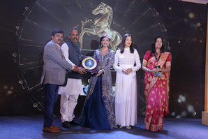 """Anupama Singh's important contribution was in the first edition of the program """"Aaj Ka Karnaveer""""."""