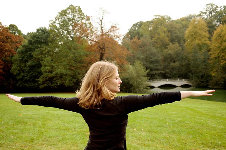 Autumn_Yoga_Park_4.jpg