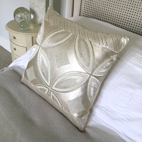 Metallic silver geometric large 'shippo' design obi silk cushion
