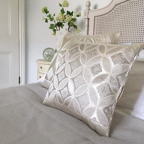 Metallic silver geometric 'shippo' design obi silk cushion
